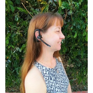 Icom Bluetooth Earpiece that works with the IDAS F34xx and F44xx series